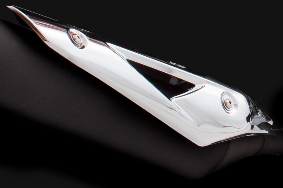 Imagem do abafador da DK 150 S em fundo preto