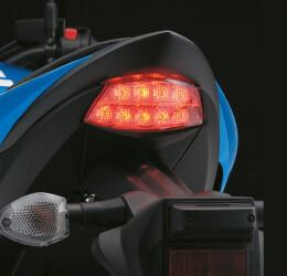 Imagem da lanterna da GSX-S1000FA