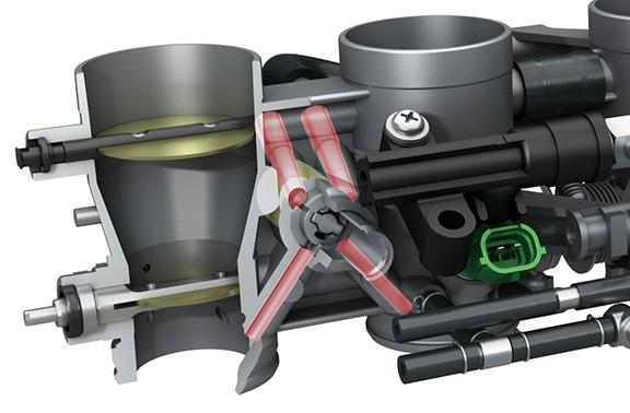 A rotação do motor é controlada para assegurar que não caia abaixo do necessário para manter uma lenta suave. O assistente de baixa rotação também monitora a rotação do motor, permitindo ao condutor,...